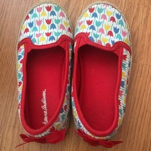 Adorable Hanna Andersson slip on shoes
